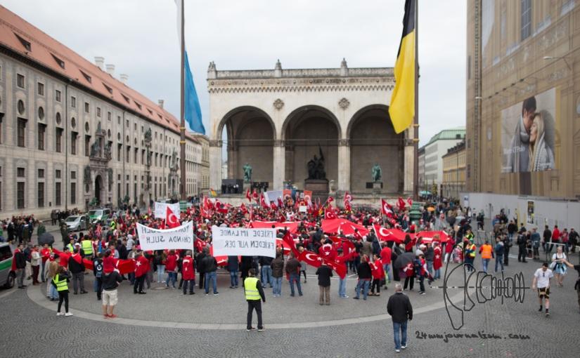 800 Turkish nationalists rally through Munich & Turkos MC holds a bike/carcorso
