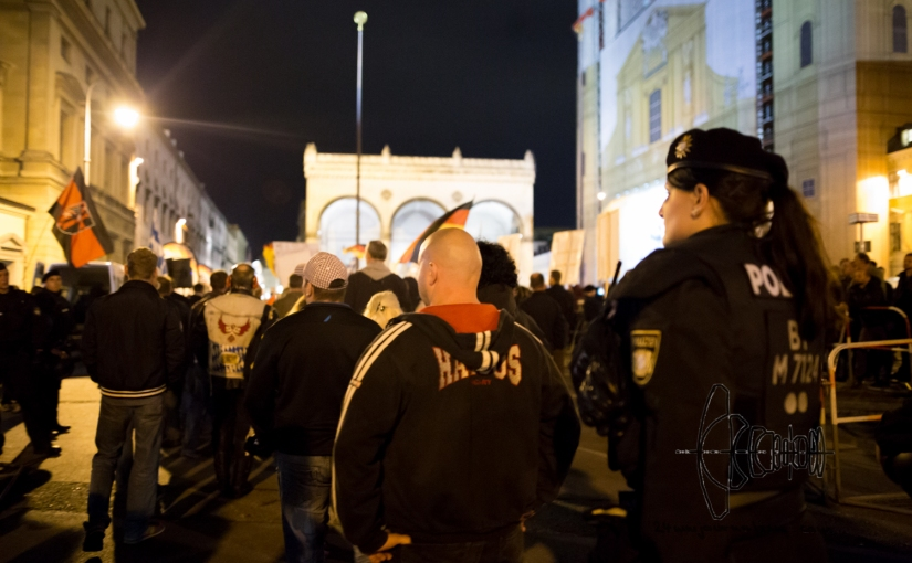PEGIDA Munich marches -once again- together with convicted neonazi terrorists