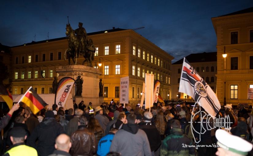 PEGIDA marches – Neonazis enter historically chargedFeldherrnhalle