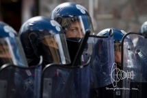 Police gets ready for clashes.