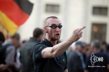 PEGIDA-police-violence_20160718_7