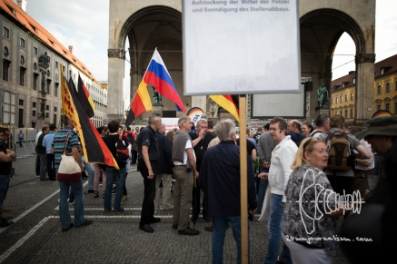 NPD functionaries at PEGIDA gathering.
