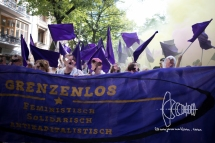 'Borderless - Feminist, solidary, anticapitalist' block - mobilized for by Blockupy.