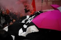 Smoke grenade is lit during demonstration. ©Robert Andreasch