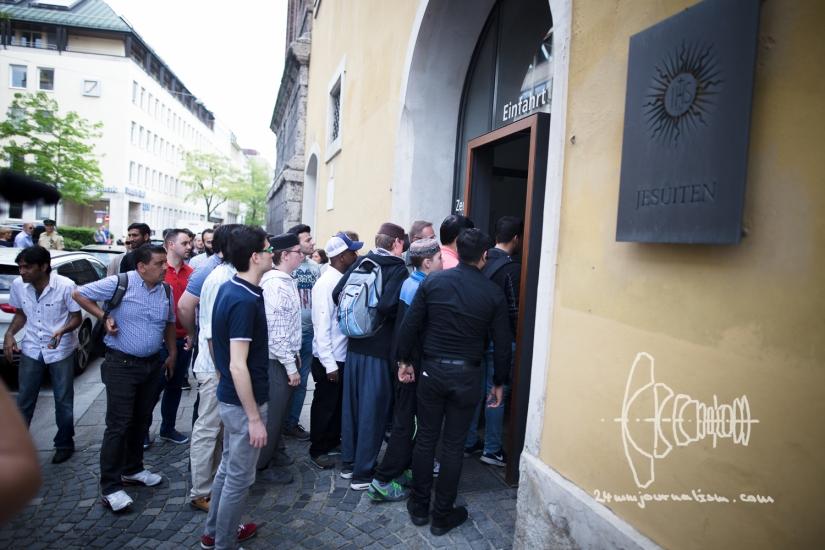 Public Friday Prayer in Munich Cancelled in Fear of Neo-naziDisturbance